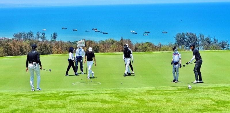 Golf NovaWorld Friendship 2021 có 4 giải hole-in-one