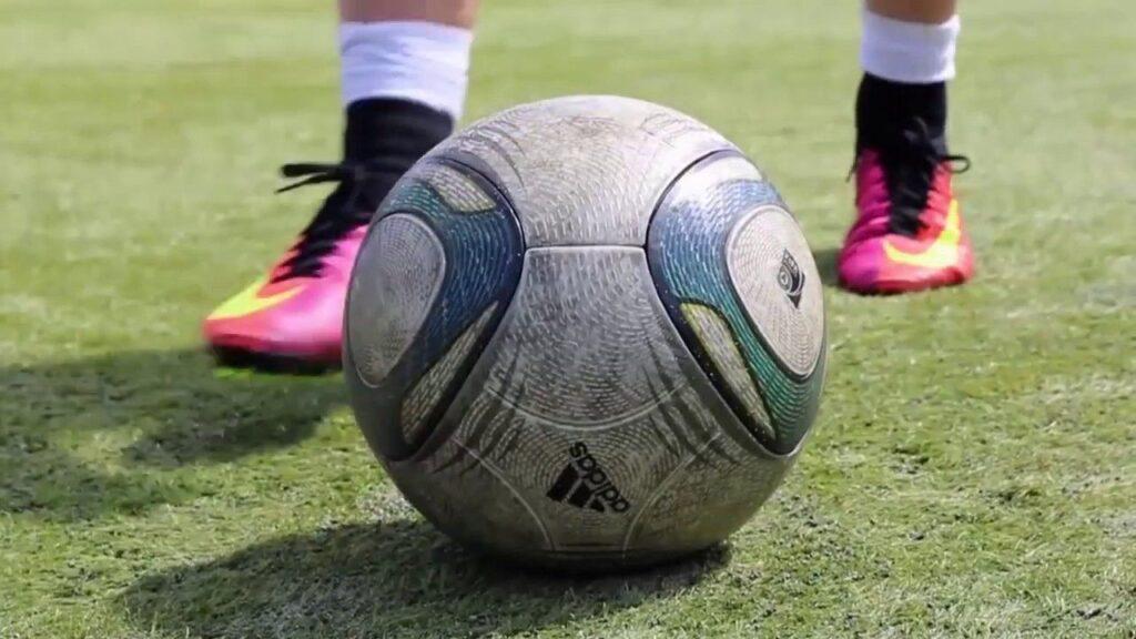 những bài tập nâng cao kỹ năng đá bóng