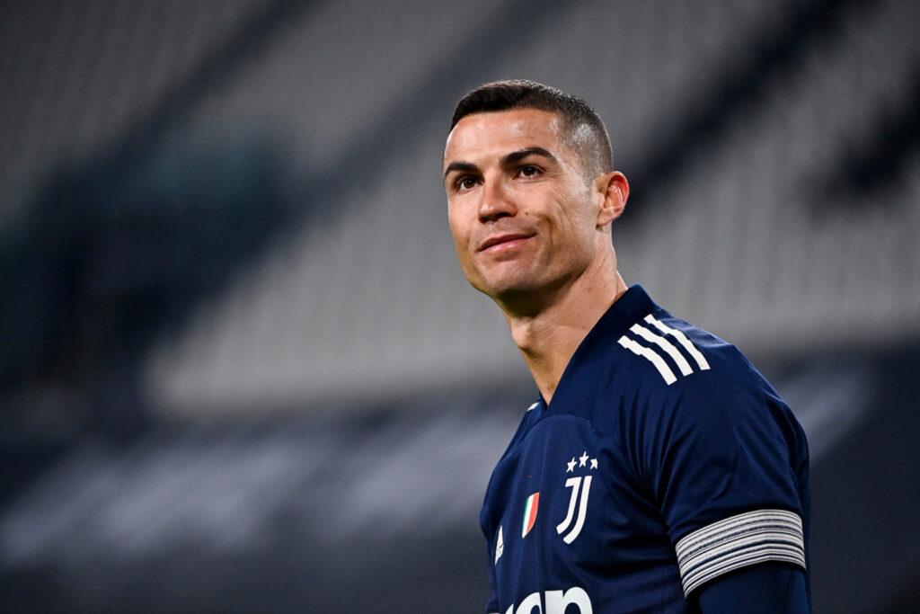 ghi bàn nhiều thứ hai lịch sử bóng đá